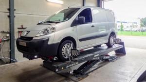 Peugeot Expert uitlijnen