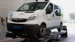 Opel Vivaro Uitlijnen