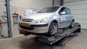 Peugeot 307 uitlijnen
